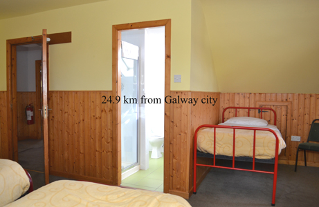 Oughterard Hostel Bedroom